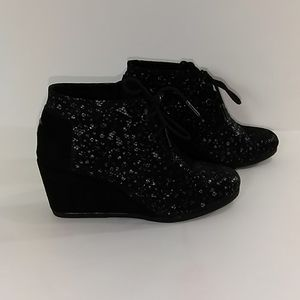Tom's Women's Desert Wedges Boots Size W 5.5 Black